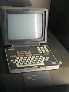 1981 Alcatel Minitel terminal(Photo by Jef Poskanzer - Licensed under Creative Commons Attribution-Share Alike)